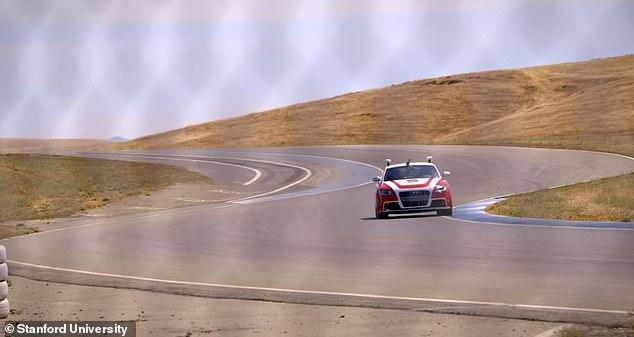 斯坦福大学新技术:自动驾驶汽车自主学习急转弯