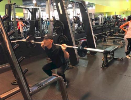 美媒:美国63岁华人男子健身有道 7年只吃鸡和鱼