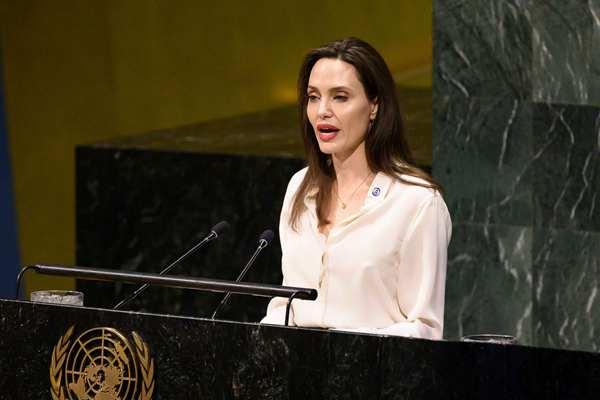 难民署特使安吉丽娜·朱莉在纽约出席联合国会议