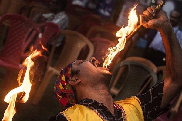 印度加尔各答举行魔术节