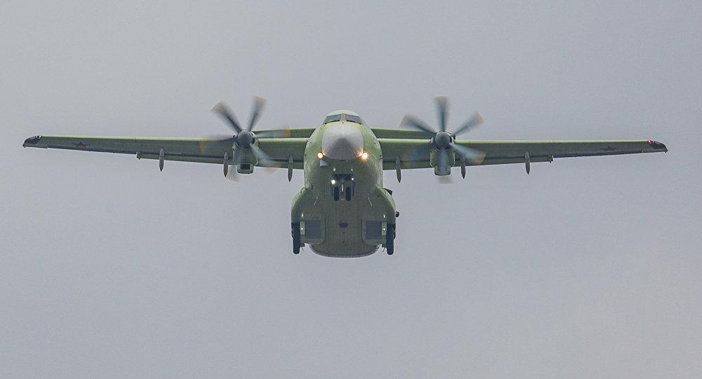 俄首款自研军用运输机首飞 将用于替换安-26