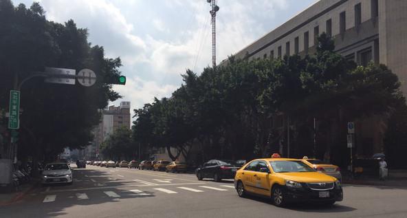 出租车计费新政民众反对 台当局被批