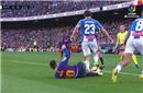 加泰德比又出续集:梅西疑似倒地报复踢人逃红牌