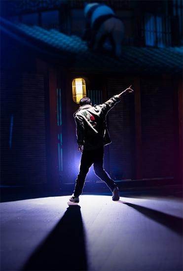 《这就是街舞》第二季 四位队长背影照震撼来袭