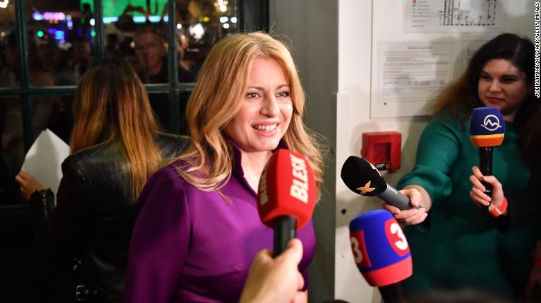 斯洛伐克首位女总统:不屈服于民粹主义!