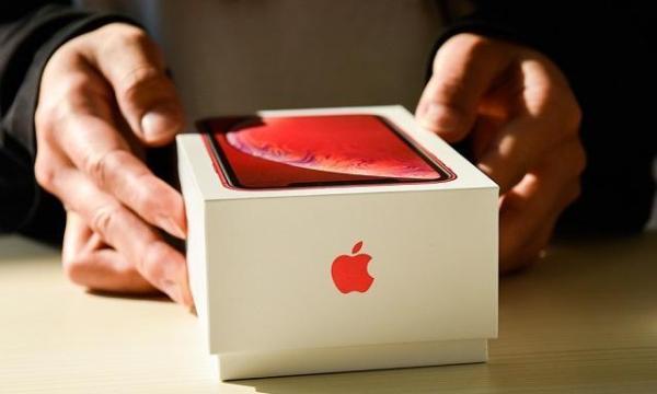 苹果中国区全线产品降价 客服:官网订购可退差价
