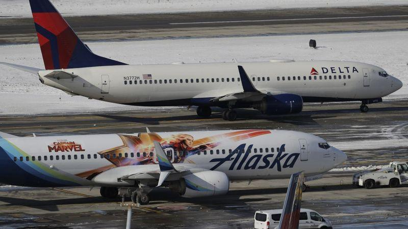 一天之内,美国多家航空公司系统瘫痪