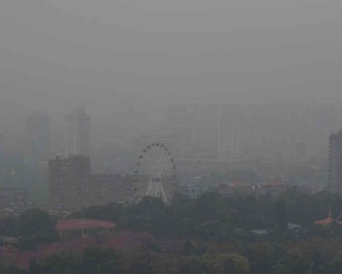 周边国家春种烧荒 昆明现污染天气