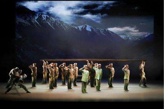 """国家大剧院原创民族舞剧《天路》巡演在即 现实主义题材追溯永恒""""天路精神"""""""