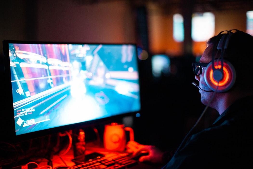 """人社部發布13個新職業,""""電競玩家""""成為正式職業"""