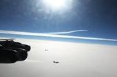 美军5架B52逼近俄罗斯