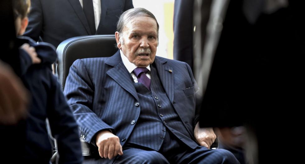 阿尔及利亚总统正式宣布辞职