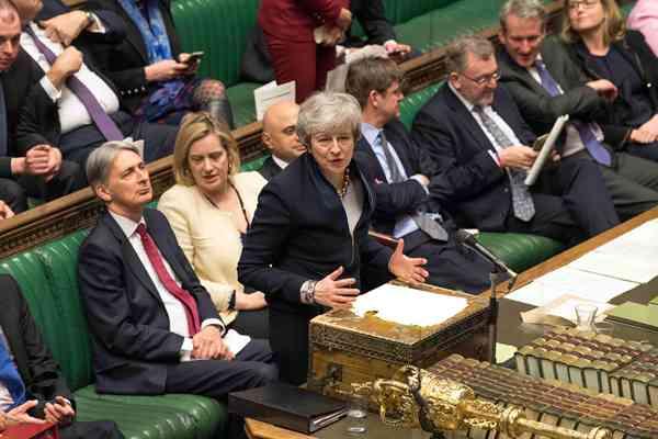 英议会投票通过议案寻求脱欧延期 防止无协议脱欧