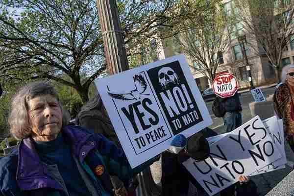 美国华盛顿民众集会 抗议北约外长会议召开