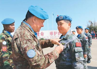 中国赴黎巴嫩全体410名维和官兵获联合国勋章