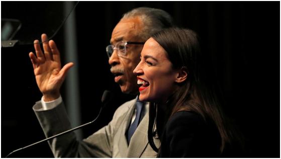 """美民主党女议员故意用""""黑人口音""""演讲,后果可想而知"""