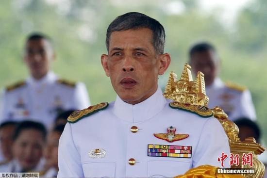 泰国正式启动仪式收集圣水 为国王加冕大典做准备