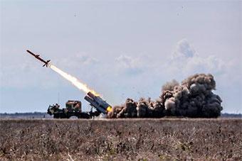 """总统""""督工"""" 乌克兰海军自研巡航导弹发射成功"""