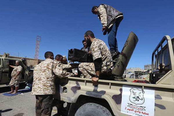 利比亚首都附近持续爆发局部冲突