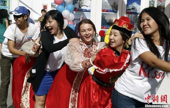 外国人:来华学中国专业技术和经验更重要