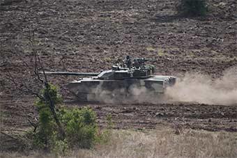 战斗力爆表:泰国装备中国产VT4主战坦克亮相