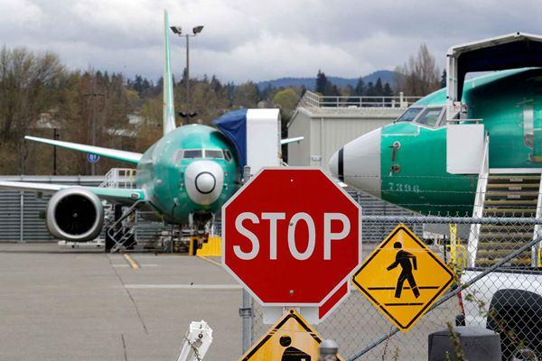 美国航空公司延长停飞737MAX 每天取消90趟班机