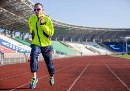 俄长跑运动员连续3天不眠 奔跑近500公里破纪录