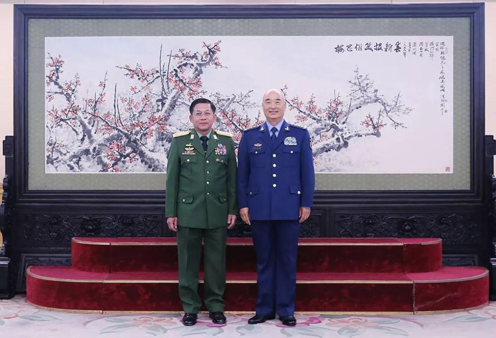 许其亮会见缅甸国防军总司令敏昂莱