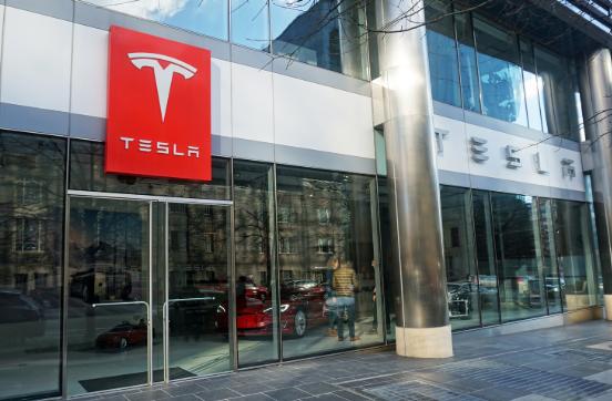 交车数据令人失望 特斯拉在全美裁汰销售人员
