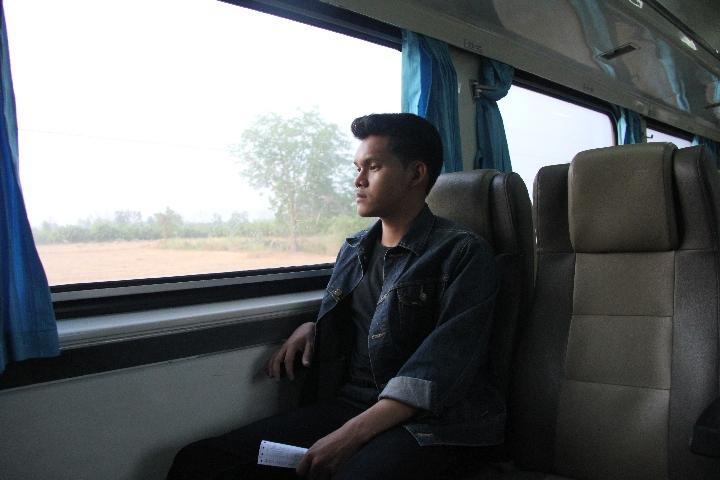 泰国青年阿努帕的火车司机梦