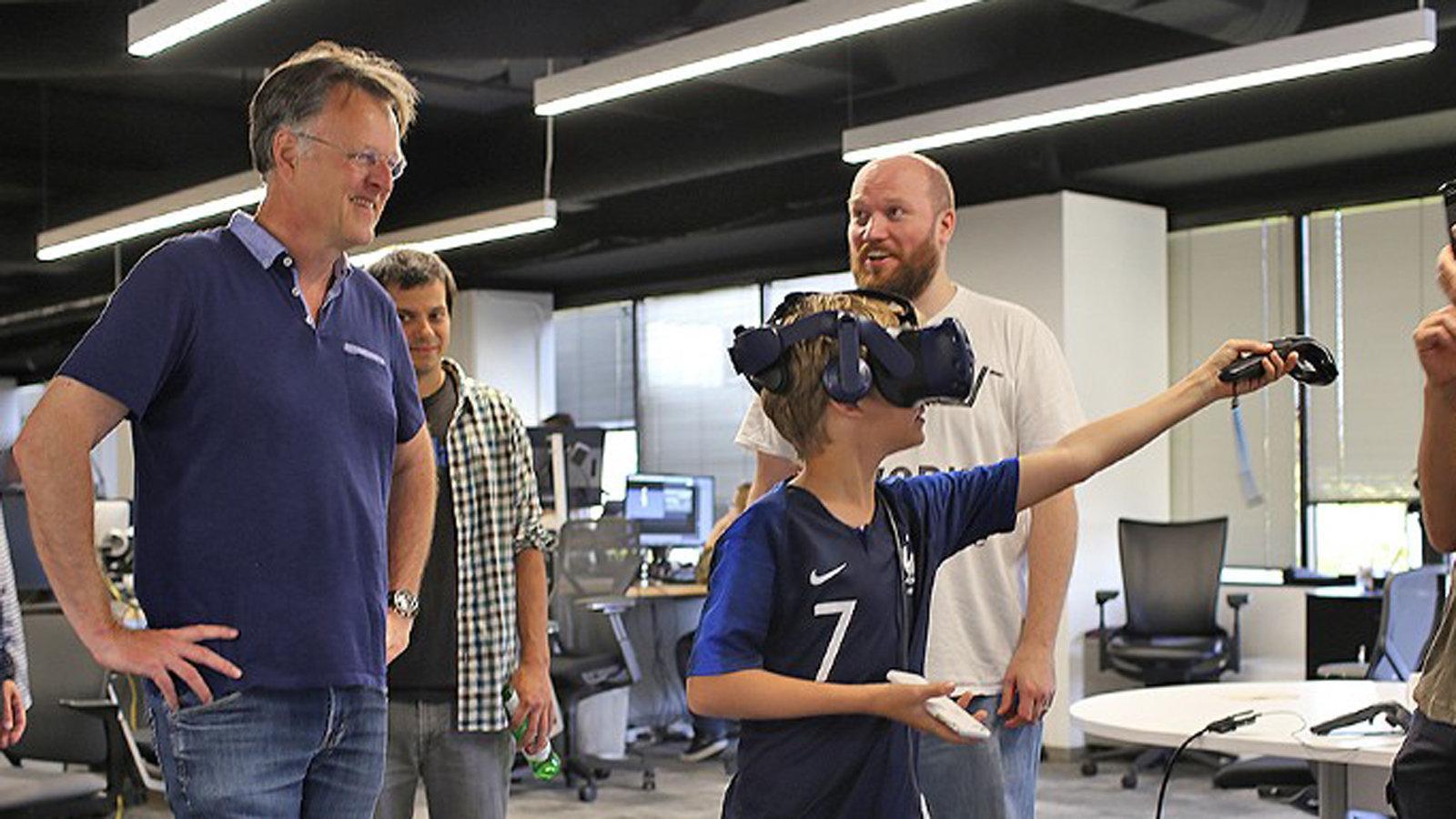 苹果聘用VR内容公司创始人 助力3D和AR技术
