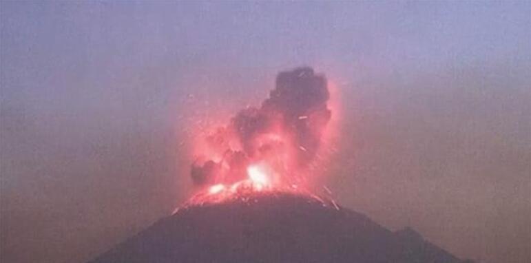 """墨西哥""""牛油果之乡""""面临双重威胁:火山喷发和特朗普"""