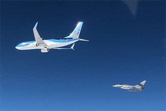 意大利空军派出2架台风战机拦截失联客机