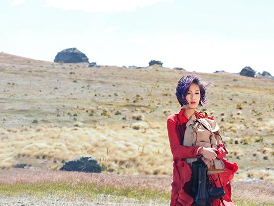 杨千嬅赴新西兰拍摄巡演宣传片 传递美丽人生