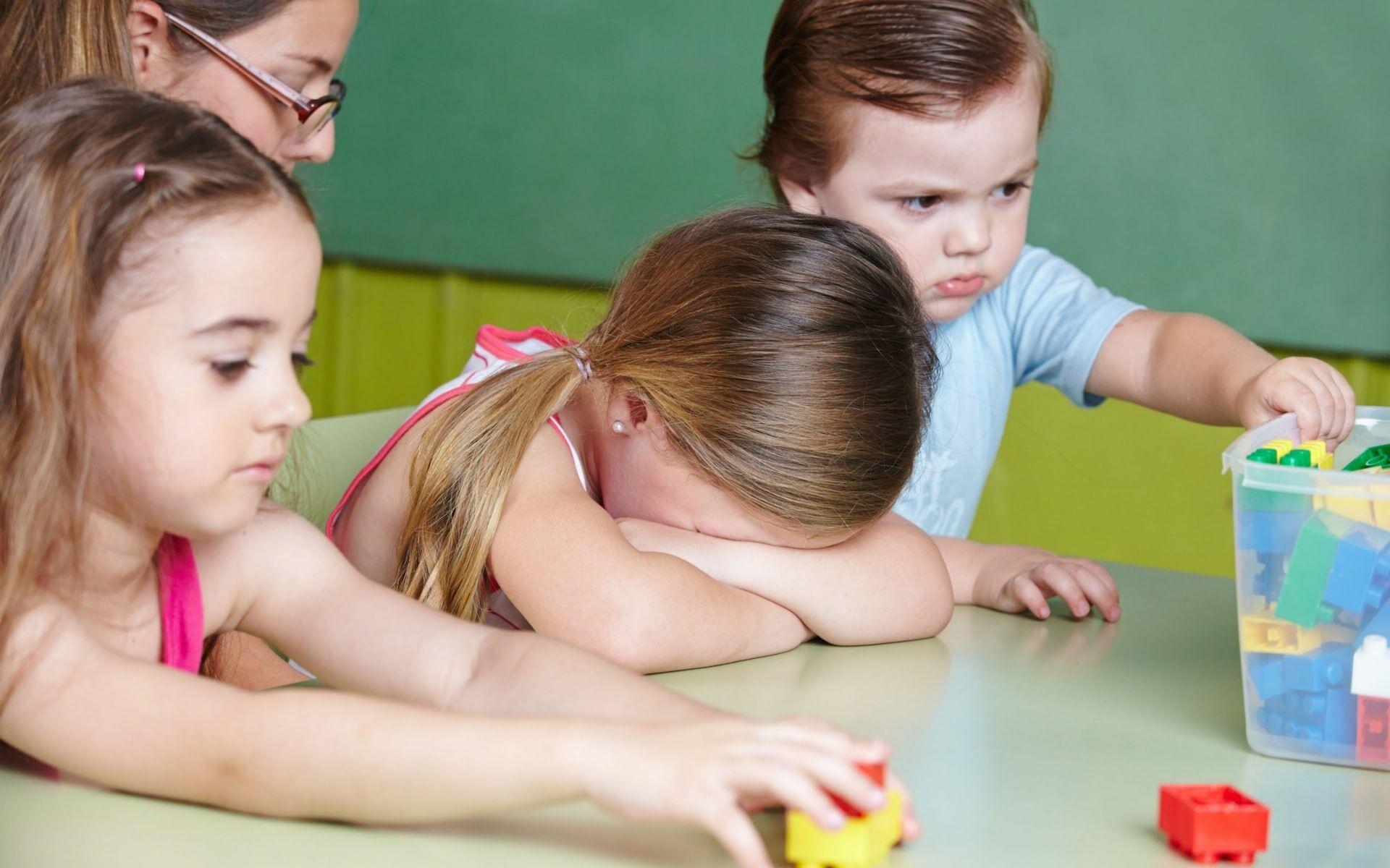 给孩子读儿歌没用? 研究发现儿时掌握词汇量与成年后失业几率有关