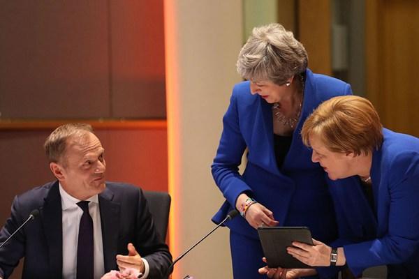 欧盟各成员国达成一致 允许英国延期脱欧至10月底