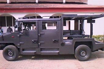 尼日利亚自研装甲车造型很复古