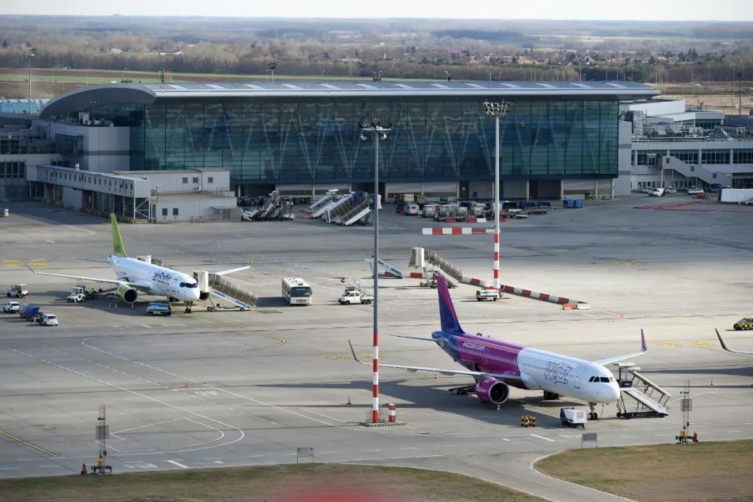 """李斯特国际机场被评""""东欧最佳"""""""