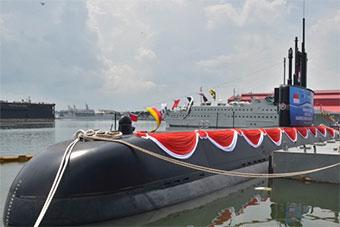 韩国协助 印尼首艘国产潜艇正式亮相
