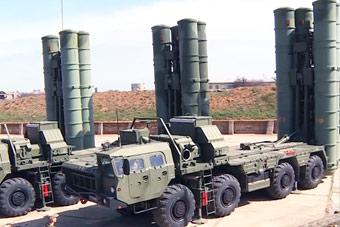 北约战机频繁造访 俄军亮出克里米亚S400导弹
