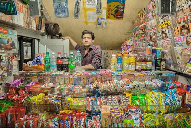 时代守卫者:摄影师镜头下富有年代感的小商店