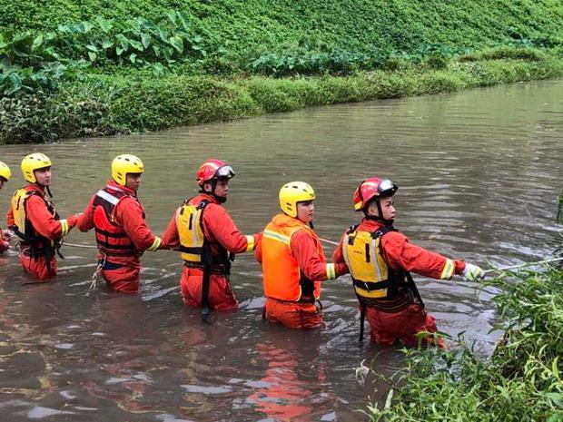 深圳暴雨引发洪水已致9人死亡2人失联