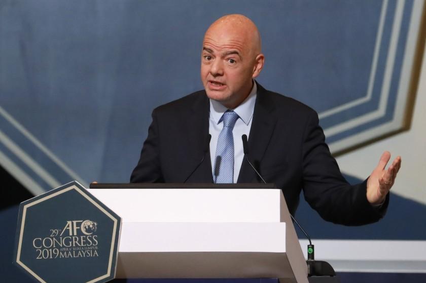 国际足联主席:裁判可在种族歧视最严重时放弃比赛