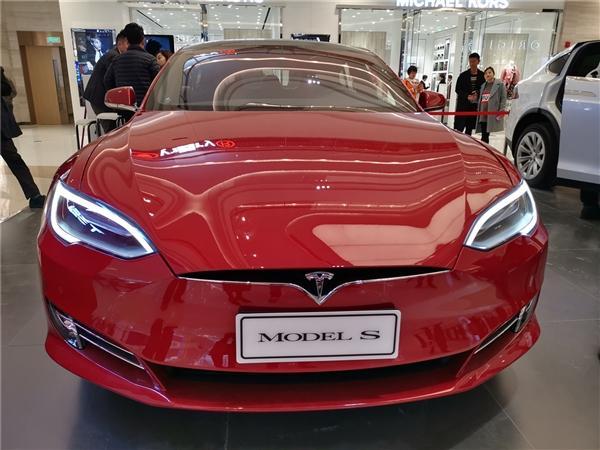 特斯拉停售标准续航版Model S 国内官网也已下架