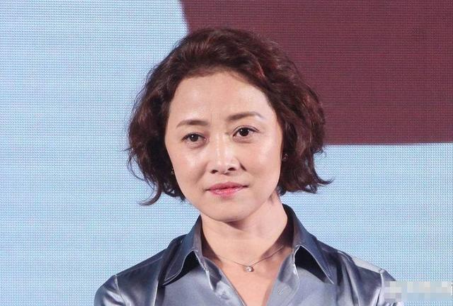 张若昀52岁继母曝光,是大名鼎鼎的她,三任丈夫是导演今再度爆红