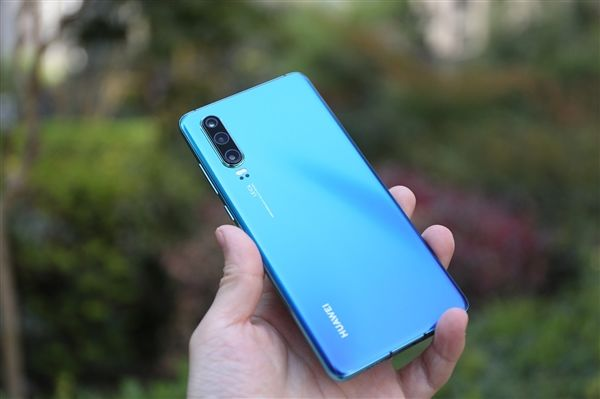 华为设定2019手机出货量2.5亿部 要成为全球第一
