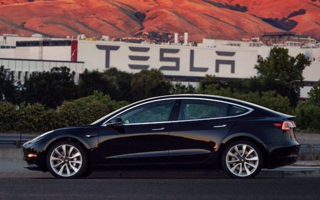 特斯拉自动驾驶选配包5月1号涨价,涨幅大约2万
