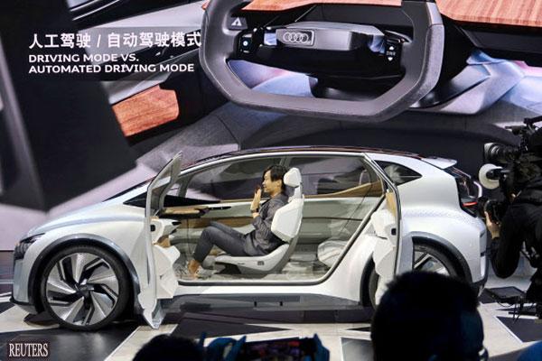 上海国际车展开幕 车企相继发布纯电动车