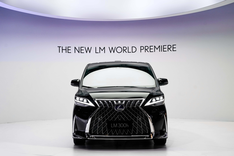 雷克萨斯全新LM 上海车展全球首发亮相
