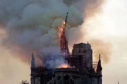 LV母公司宣布捐2亿欧修复巴黎圣母院,奢侈品牌为何愿为文物保护解囊